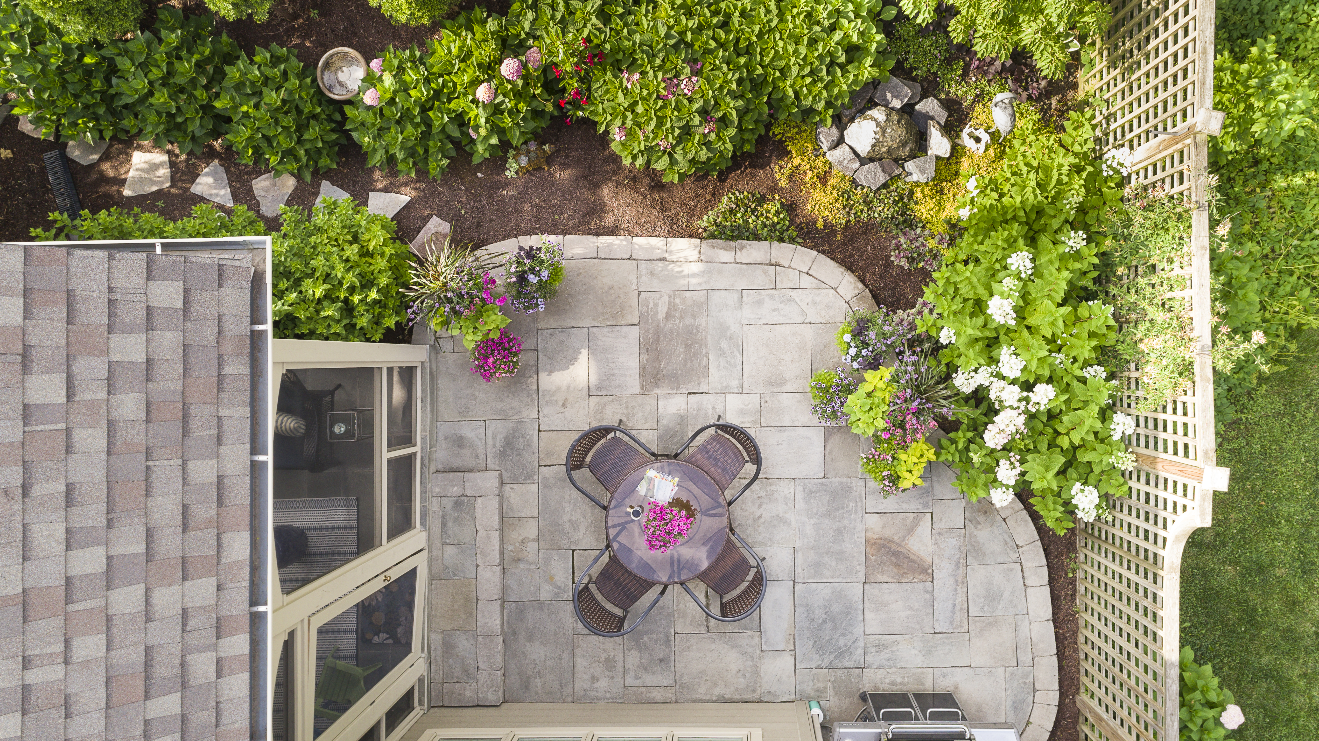 small_patio_a_2017_099_0